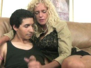 Farrah Interviews for a Houseboy