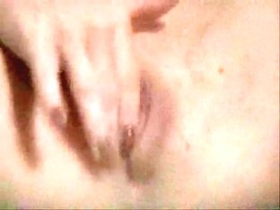Voyeur video of a babe masturbating