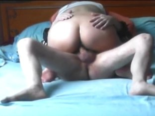 Hardcore big booty ride on a dong
