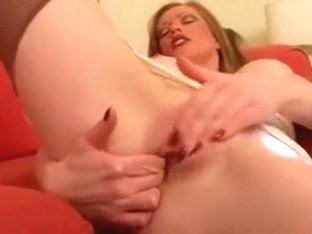 Retro Milf in Girdle Nylons Pearls and Red Nails Plays