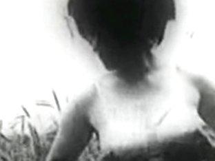 Retro Porn Archive Video: Femmes seules 1950's 06