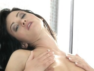 WetAndPuffy Video: Tess Mirror