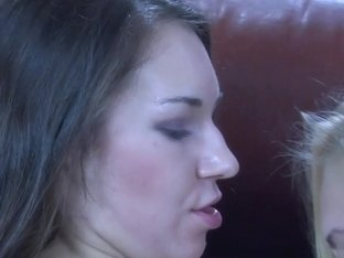 LadiesKissLadies Video: Bessy A and Crystal