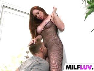 MILF Jessica Rayne Is Naughty In Net