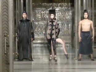 Fashionshow Nude Show Sexy Art