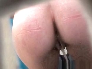 Tight ass pee