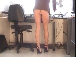 Office gal Upskirt