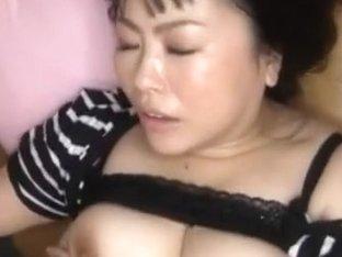 Big Breasted Azuza Omori´s Boobs Bounce As She´s Fucked