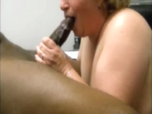 Older white cougar milks her 1st bbc in her throat