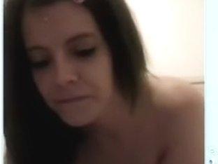 Amateur masturbate vid shows me touching myself
