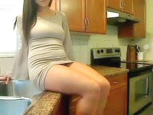 Nice babe likes being filmed naked