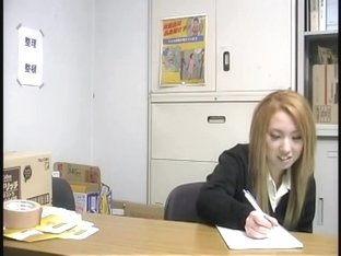 Blonde Asian bimbo screwed in voyeur Japanese sex video