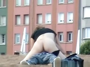 Drunk couple caught fucking in the beach