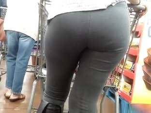 Big ass woman in tight gray pants