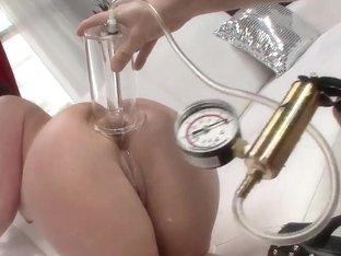 Deep ass self penetration with Tiffany Mynx