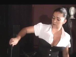 Female-Dom Tatjana - Whipping torment