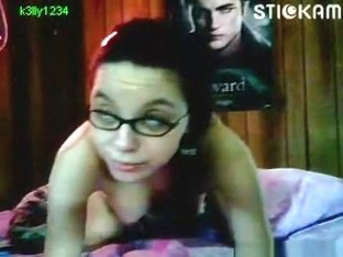 22yo stickam girl 'k3lly1234' masturbates with a hairbrush
