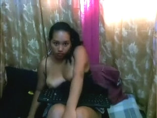 Beautiful chubby Latin Playgirl shows me off her big bumpers on livecam