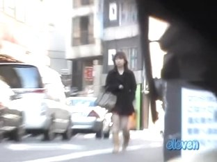 Japanese girl's pink undies are not safe from skirt sharking