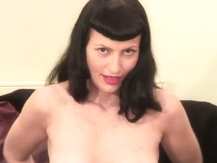 Stylish retro mother I'd like to fuck playing with herself