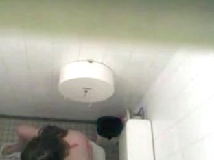 Naked girl peeing caught on dirty voyeur camera