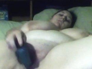 Pretty BBW masturbates with dildo