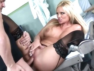 Breasty playgirl sex in darksome nylons and high heels