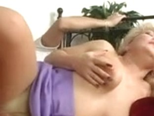 Hawt Golden-Haired Euro Granny Cougar Banging