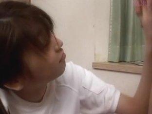 Usagi Nakayama gets cum on her ass