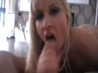 Classy whore paid for fuck on video