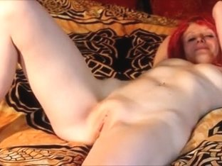 Daisy shy non-professional redhead disrobes off and widens her cookie