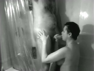 Having sex with the wife in the shower
