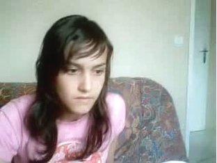 Pretty webcam girl masturbates