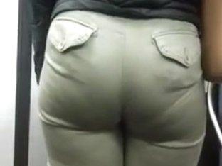 Nice candid booty teen in green pants