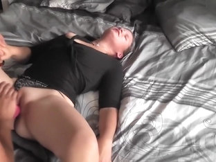I'm getting my beaver licked in amateur couple sex clip