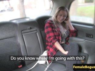 lady taxi driver pussylicks lez passenger