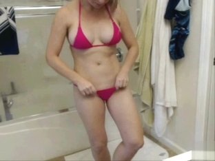 Webcam amateur flashing bikini and lingerie for her fans