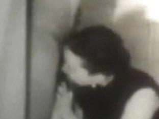 Retro Porn Archive Video: Bathroom