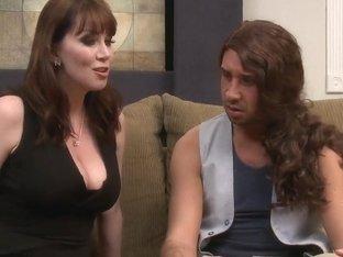 Horny brunette mom RayVeness works on Keiran Lee's cock
