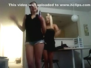 Incredible twerk cam dance video
