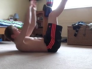 LANKY SPIDER Simple and Quick Workout For Abs And Chest