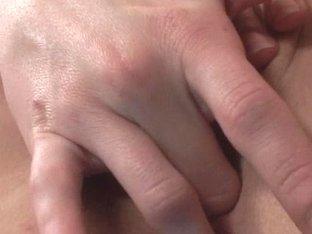 Little Mutt Video: Vanessa Monroe Feels Good