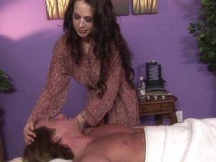 Massage-Parlor: I like them big