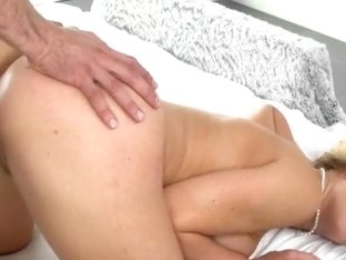 Lustful milf Cherie Deville pussy nailed