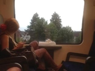 I'm masturbating in train