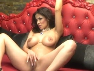 Hot Romanian Webcam MILF