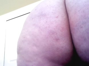 BBW Takes Rabbit and anal toy!