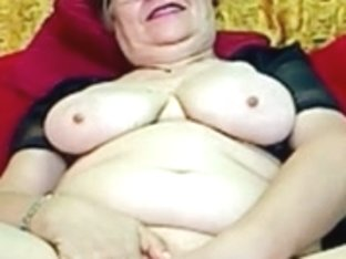 Real Granny in the web camera R20