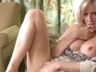 Mommy Craves Your Load - JOI