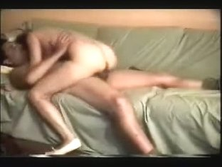 Amateur fem saddles dick